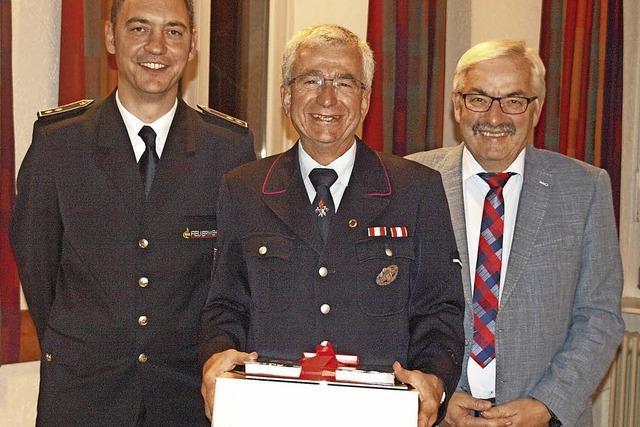 Seit 40 Jahren für die Feuerwehr aktiv
