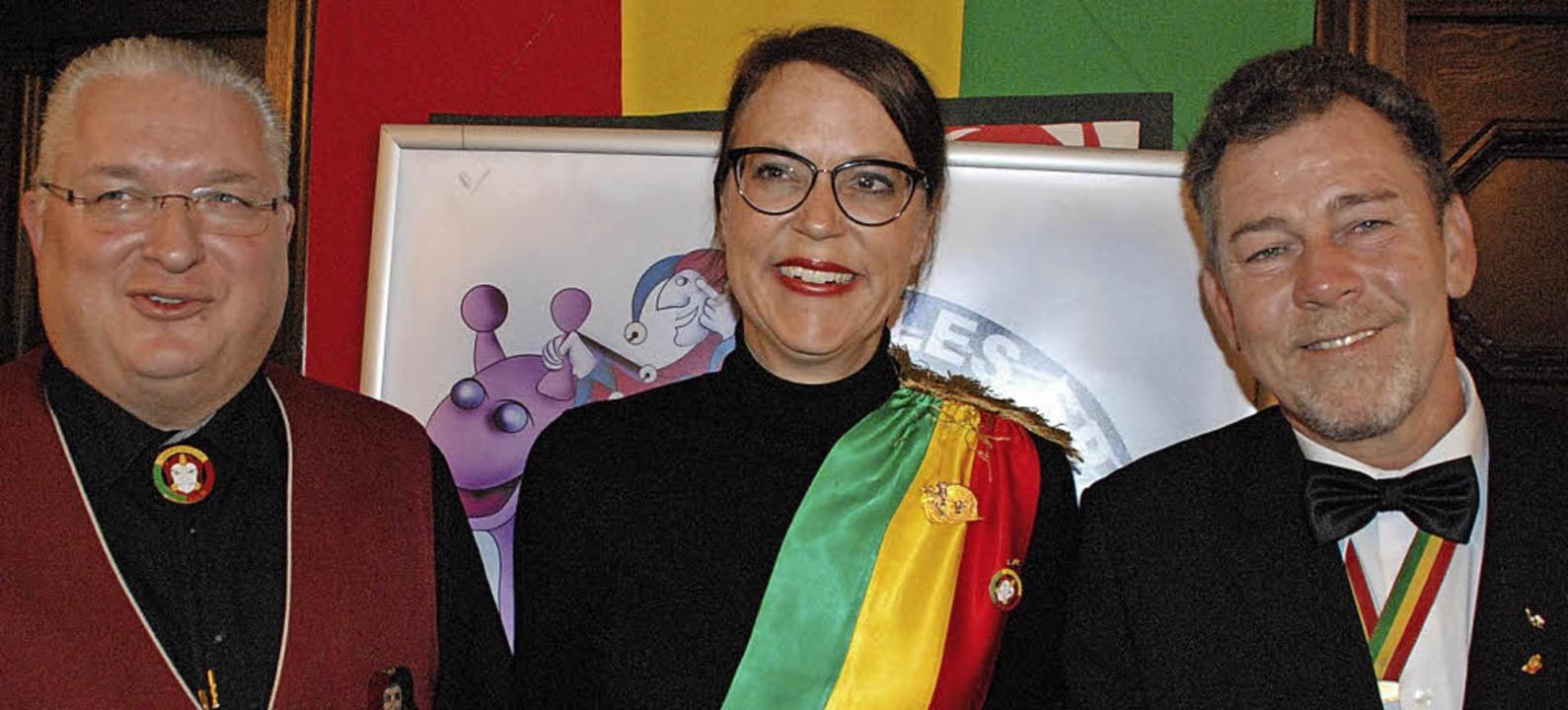Die Lörracher Fasnacht hat mit Monika ...c nun eine rheinländische Protektorin.  | Foto: Maja Tolsdorf