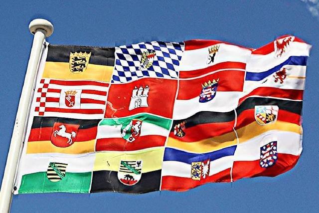 Schäuble und Feld wollen mehr Wettbewerb unter den Bundesländern
