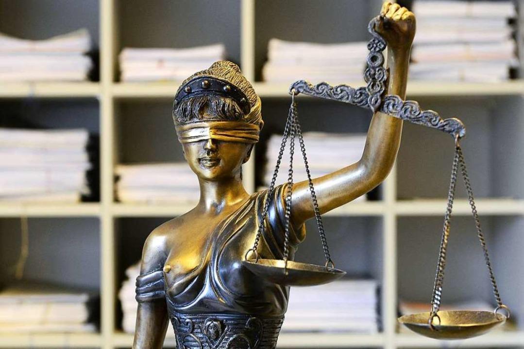 Drei Jahre Haft lautet das Urteil für den 36-Jährigen (Symbolbild)  | Foto: Ingo Schneider