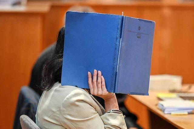 Mordversuch an Seniorin - Pflegerin muss fünfeinhalb Jahre in Haft