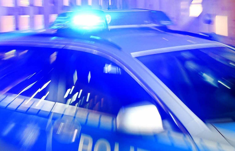 Vergeblich versuchte die Polizei einen...durch den Schopfheimer Wiesenweg fuhr.  | Foto: dpa