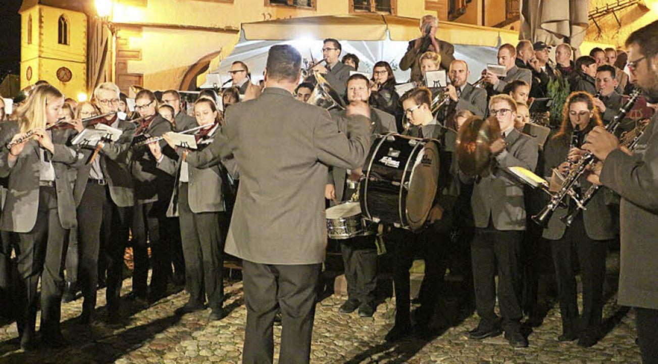 Die Stadtmusik spielte bei der Bekannt... wird auch am 2. Dezember dabei sein.   | Foto: Ruth Seitz