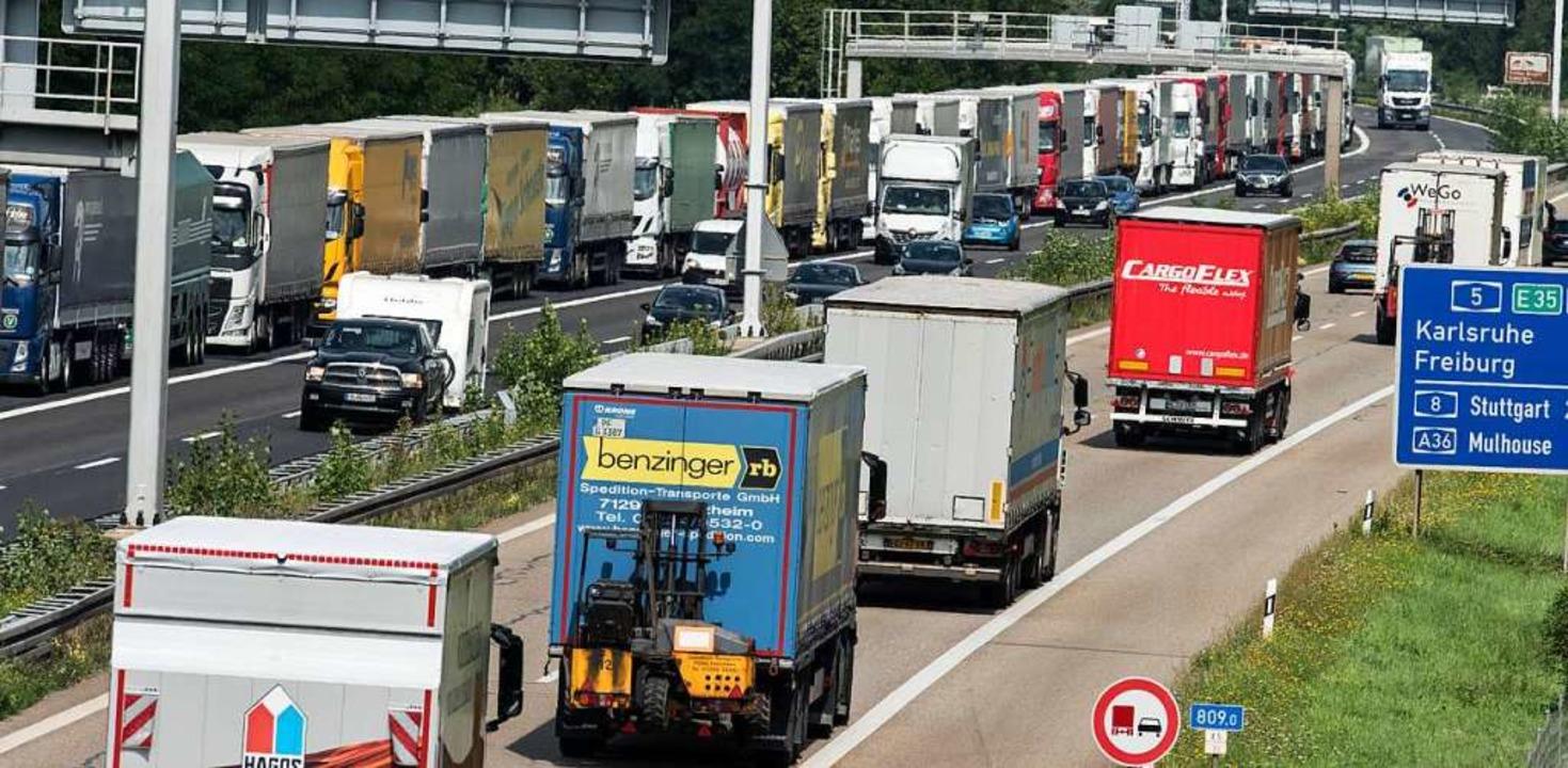 Das Autobahnnetz soll weiterentwickelt werden (Symbolbild).  | Foto: dpa