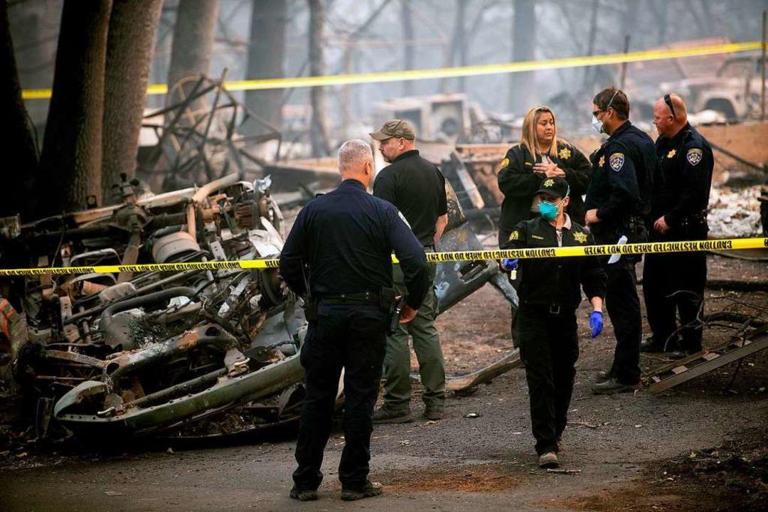Die Großbrände in Kalifornien sind noc...werden immer mehr Todesopfer geborgen.  | Foto: dpa