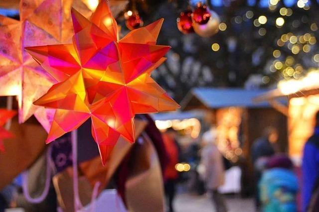 Der Rheinfelder Weihnachtsmarkt erhält eine begehbare Riesenschneekugel
