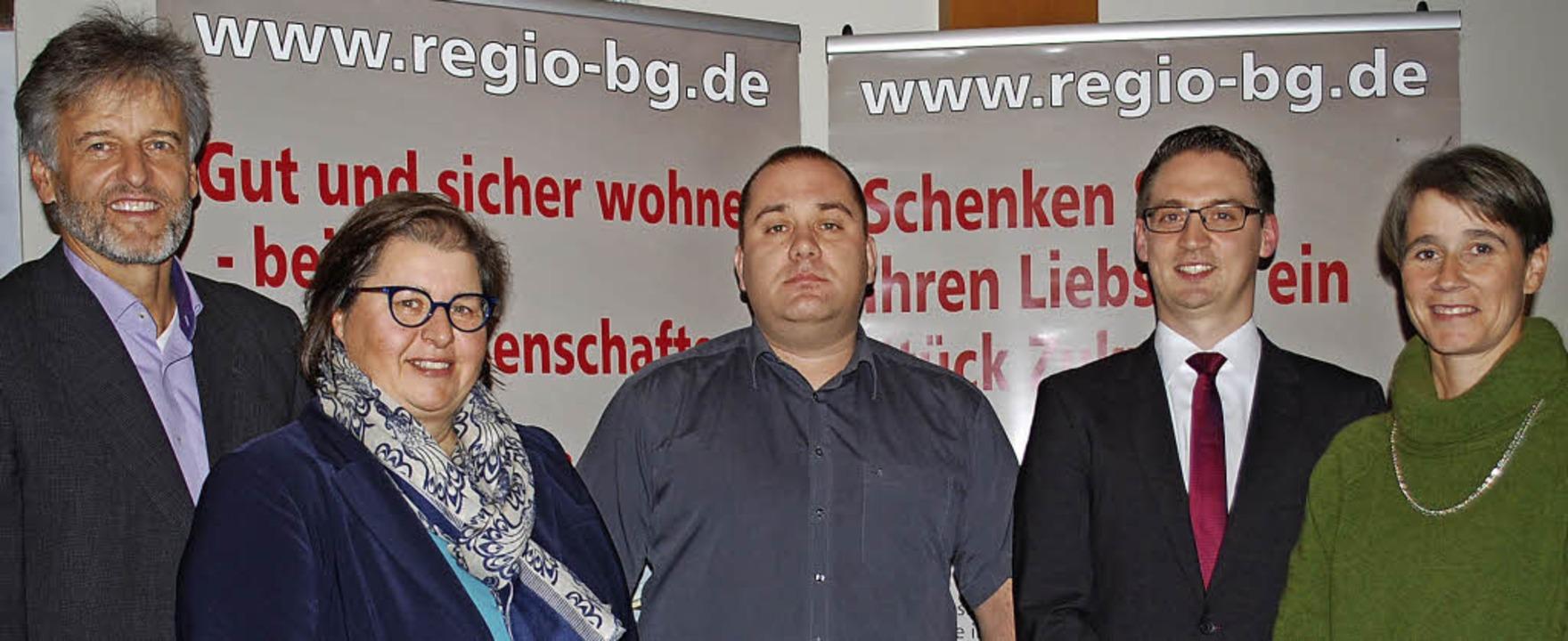 Gunther Braun (von links) scheidet aus...ei der Baugenossenschaft Familienheim.    Foto: Thomas Loisl Mink