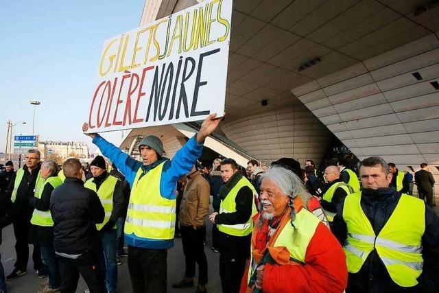 Hunderttausende demonstrierten in Frankreich wegen geplanter Spritpreis-Erhöhung