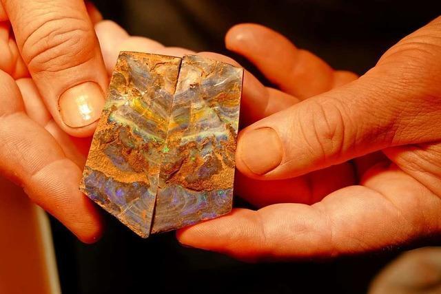 Aus unscheinbaren Steinen werden wertvolle Opale