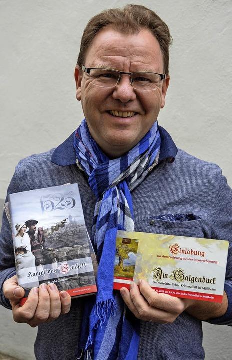 Harald Gritzer mit seinen Vorgänger-Ro...ie Druckerei da noch beschäftigt war.   | Foto:  geh