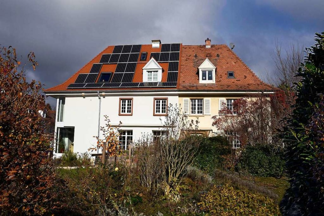 Ein Teil wurde energetisch saniert, is...: ein Doppelhaus im Stadtteil Waldsee.  | Foto: Thomas Kunz