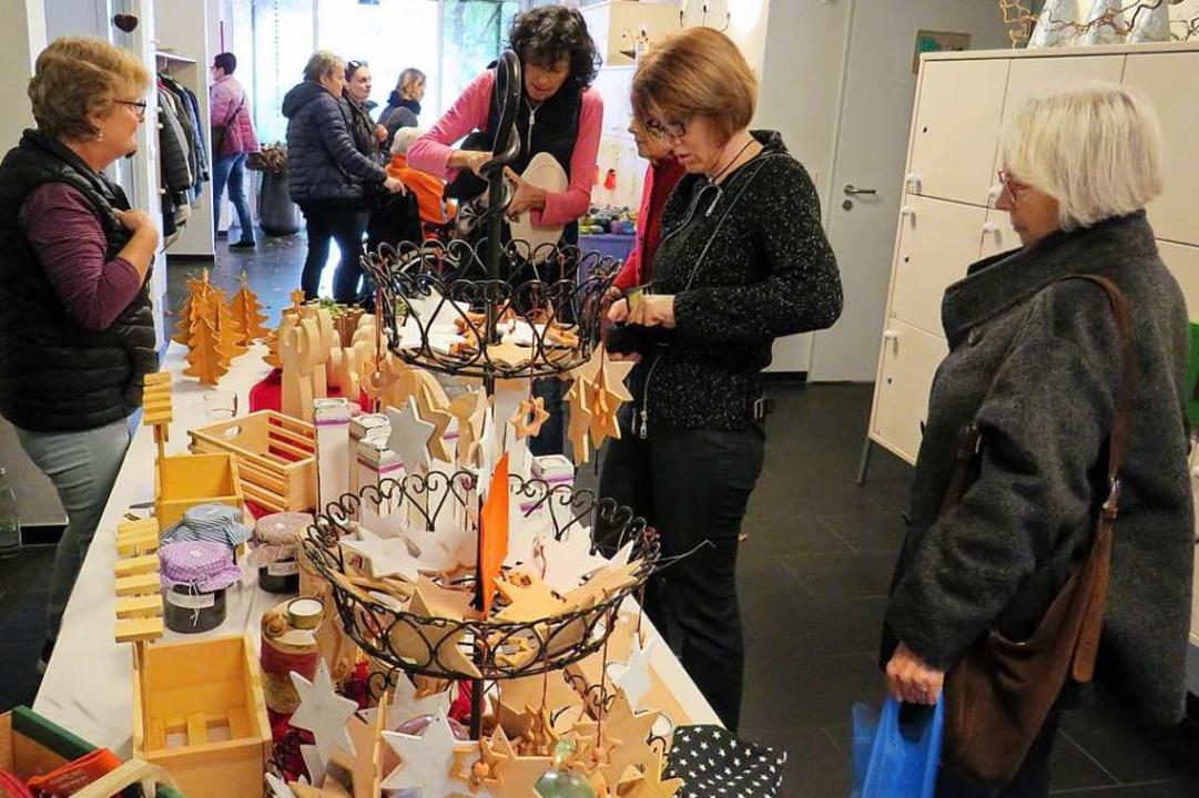Weihnachtliche Galerie der schönen Dinge.  | Foto: Claudia Gempp