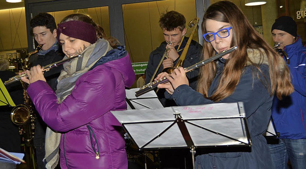 Die Jugend des Musikverein Herten sorgte für die musikalische Note.  | Foto: Danielle Hirschberger