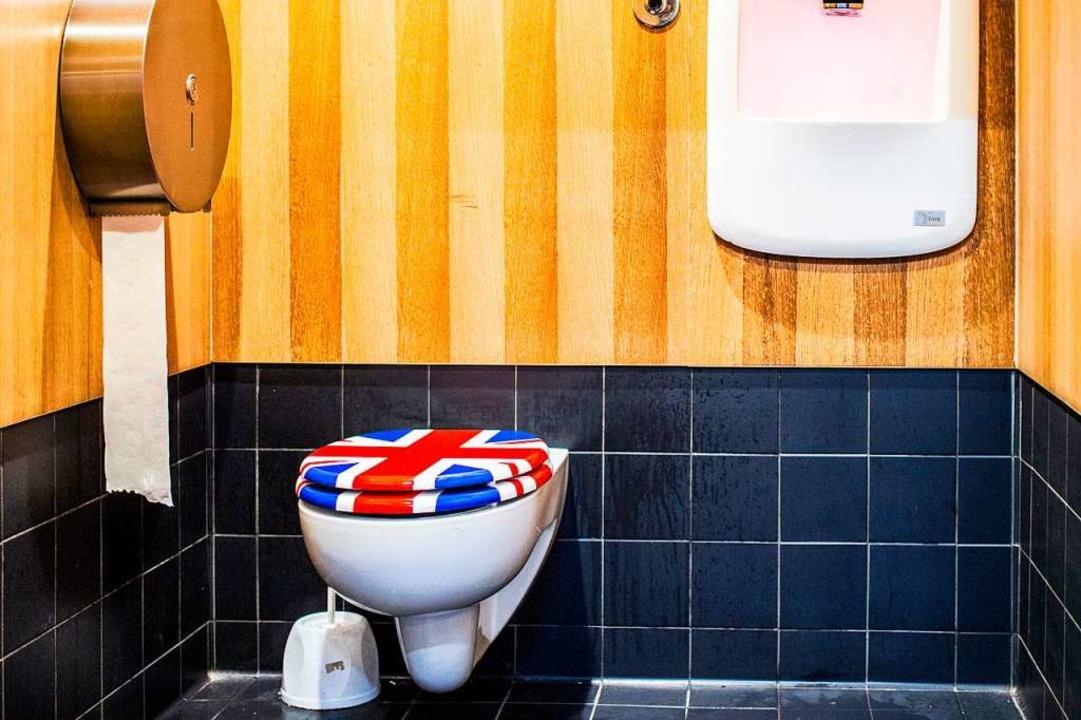 Die Toilettenkabine des Jubiloo  | Foto: dpa