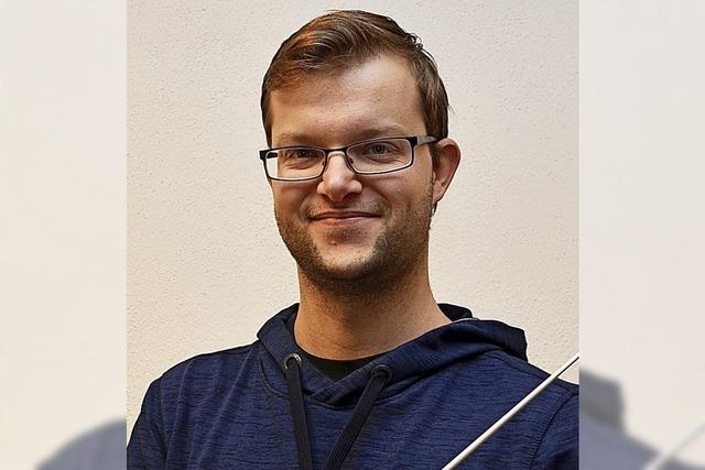 Florian Hall schafft Dirigentenprüfung