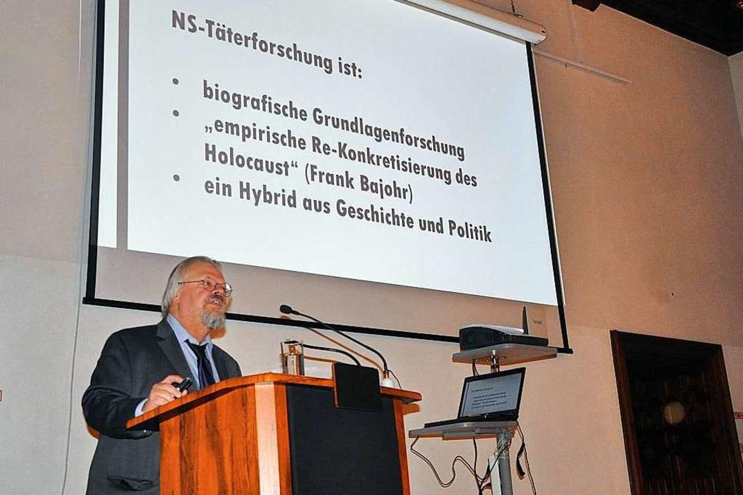 Wolfgang Proske während der Tagung    Foto: Klaus Riexinger