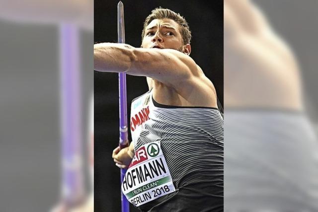 Training mit Speerwerfer Hofmann