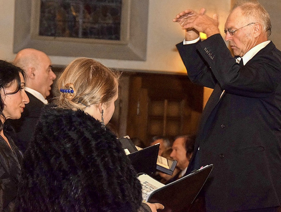 Ludwig Kleber, seit 20 Jahren Leiter d...Bassist Duccio dal Monte (von links).   | Foto: Kai Kricheldorff