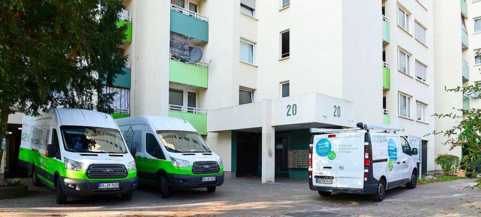 Legionellenalarm: In den Wohnungen obe...öpfe und Wasserhähne eingebaut werden.    Foto: Ingo Schneider