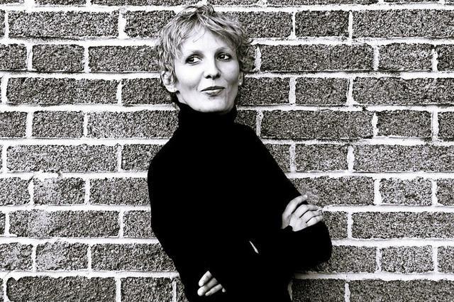Joanne Calmel in Riegel