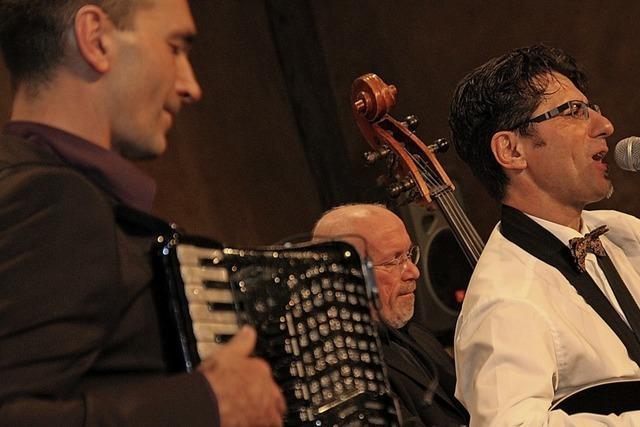 Le Trio For me-dable jammen im Kulturkeller Koffer in Lahr