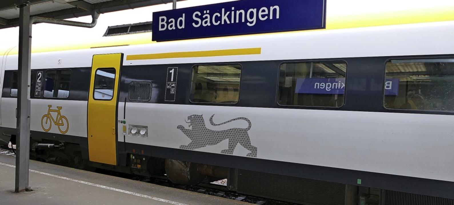 Als störanfällig gelten die Triebwagen...r die Probleme der Bahn am Hochrhein.   | Foto: Axel Kremp