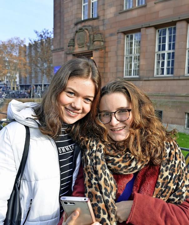 Unterwegs an der   Universität: Kristi... Tuttlingen beim Tag der offenen Tür.     Foto: Michael Bamberger