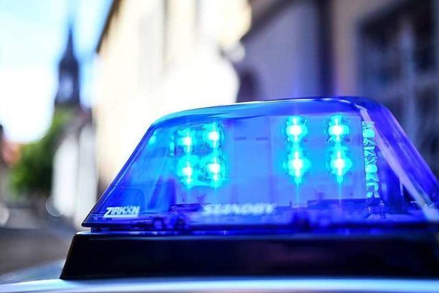 Verkehrsunfall – Polizei sucht Zeugen