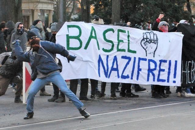 Zusammenstöße zwischen Polizei und Linksextremen in Basel