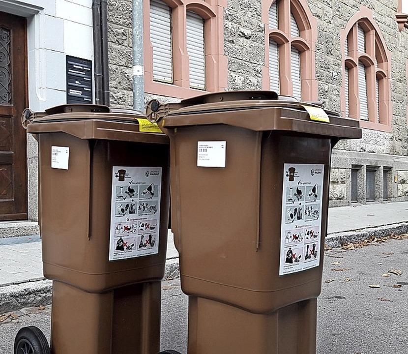 In einigen Gemeinden im Landkreis verz... sich die Auslieferung der Biotonnen.   | Foto: Archiv