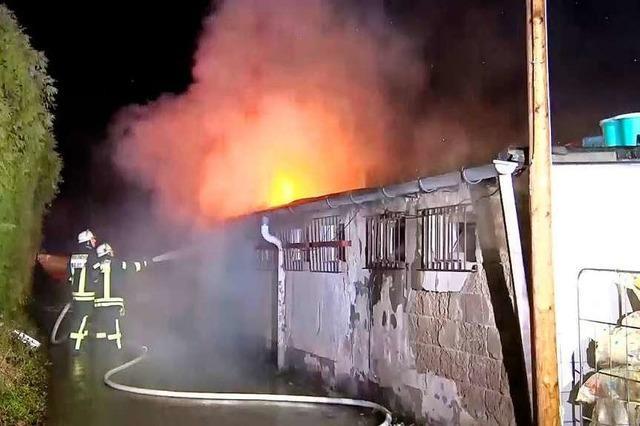 Polizei geht von Brandstiftung im Clubheim der TGB Lahr aus