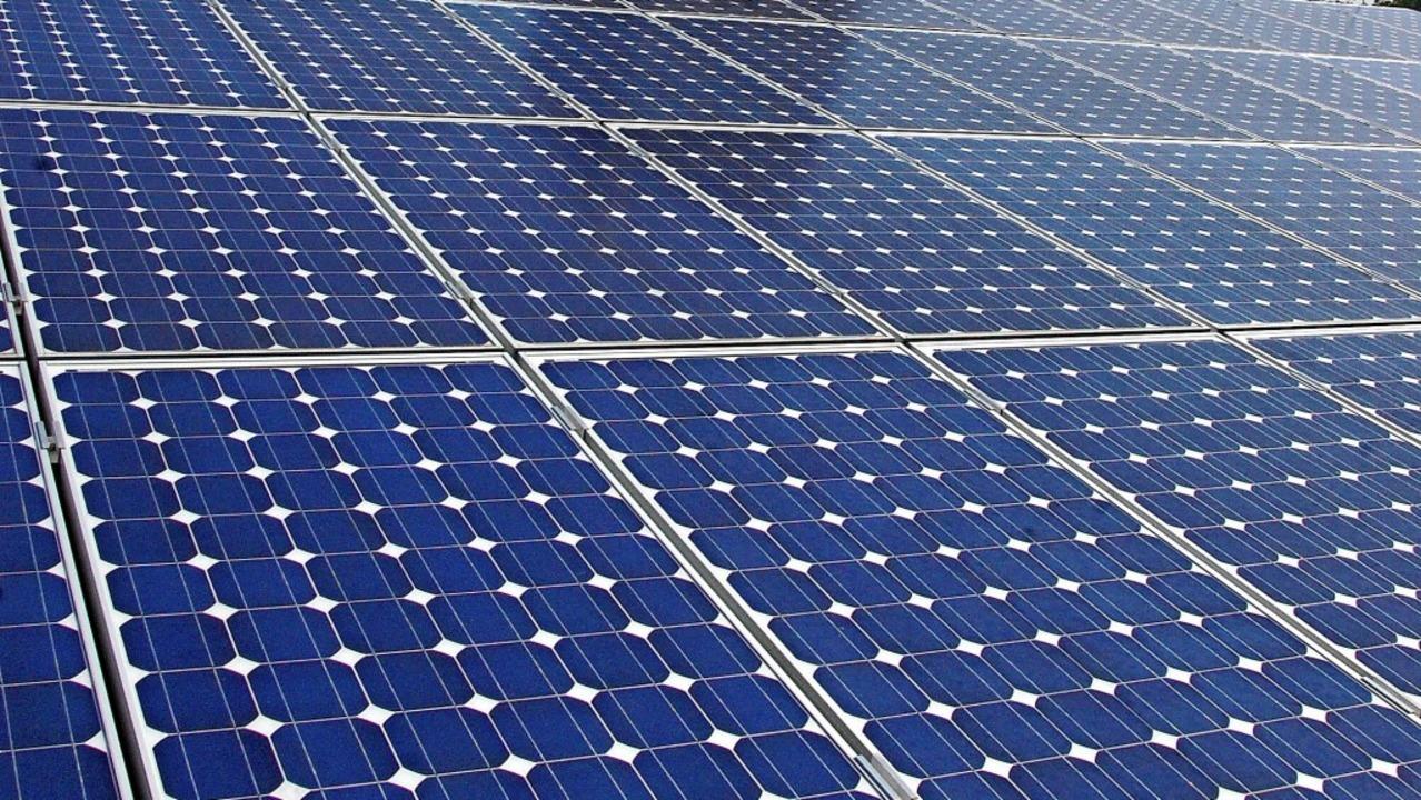 Fotovoltaik kann helfen, den CO<BZ-Tex...2</BZ-Texttief>-Ausstoß zu vermindern.  | Foto: Lauber