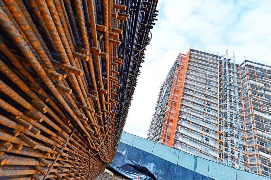 Der Fokus in Dietenbach soll auf bezah...en: eine Baustelle in Weingarten-West.  | Foto: Michael Bamberger