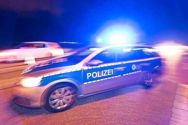 Wilde Verfolgungsfahrt durch Grenzach-Wyhlen endet in Unfall