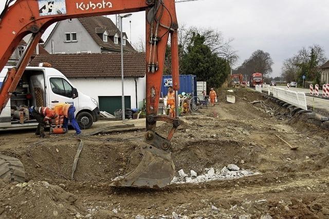 Radwegbau an der B 3 hat begonnen