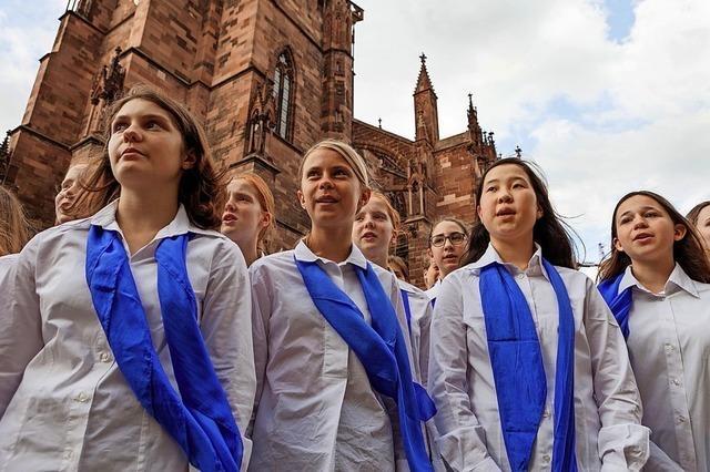 Adventskonzert im Schwarzacher Münster mit der Mädchenkantorei Freiburg