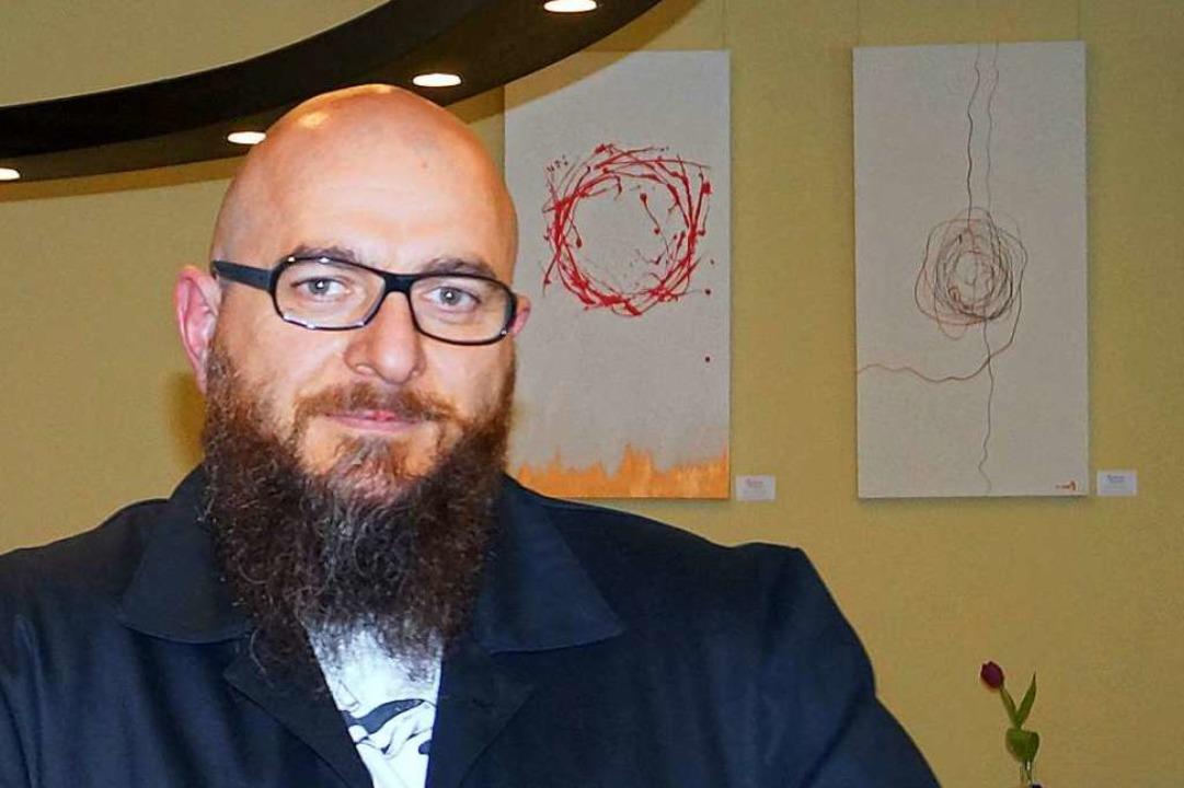 Stefano Esposito, Veranstalter des Weihnachtsmarkts für Männer.  | Foto: Silke Hartenstein