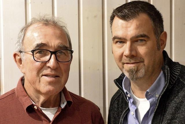 Vater und Sohn spenden 200-mal Blut
