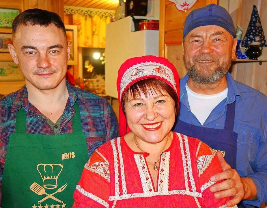 Gastgeber: Tatjana Schuganzewa mit Familie.  | Foto: dpa-tmn