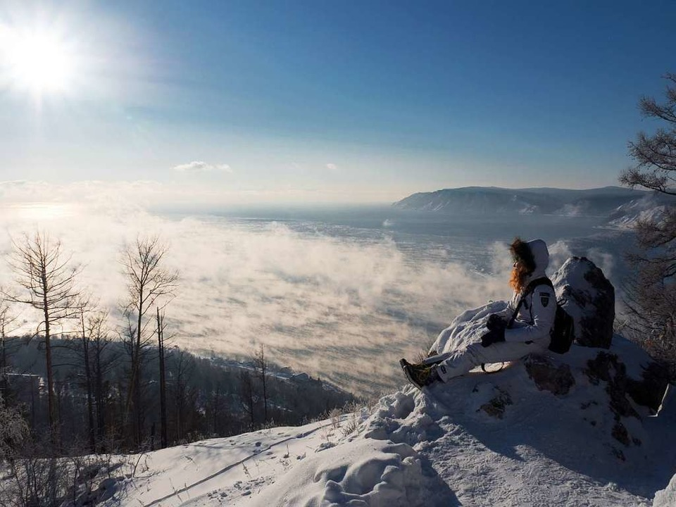 Stille Einsamkeit in klirrender Kälte:...#8211; mehr Wintermärchen geht kaum.    | Foto: Andreas Drouve (dpa)