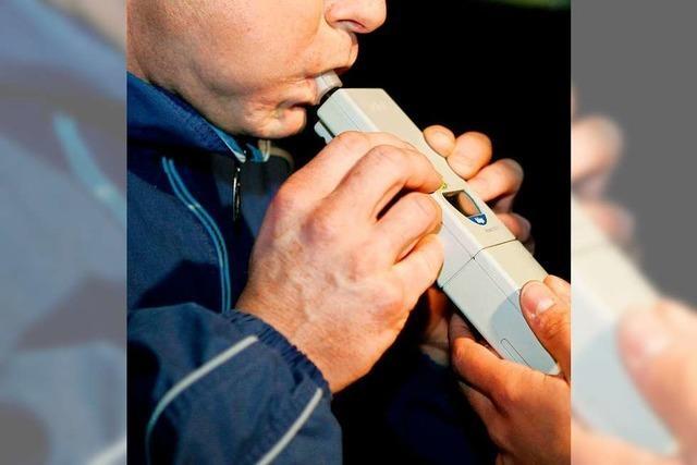 Alkoholkontrolle kostete zwei Verkehrsteilnehmern in Lörrach den Führerschein
