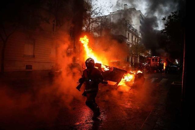 Die Gelbwesten randalieren in Paris