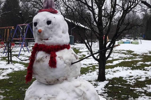 An die Schneemänner - fertig - los!