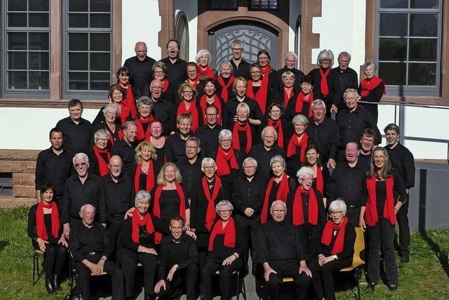 Weihnachtliche Musik von Chor und Orchester zum 40-jährigen Jubiläum der Jugendmusikschule Dreisamtal