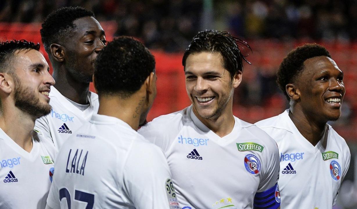 <BZ-FotoAnlauf>FUSSBALL IN Frankreich:...etertor zum 1:2  in  Rennes entgegen.   | Foto:  AFP