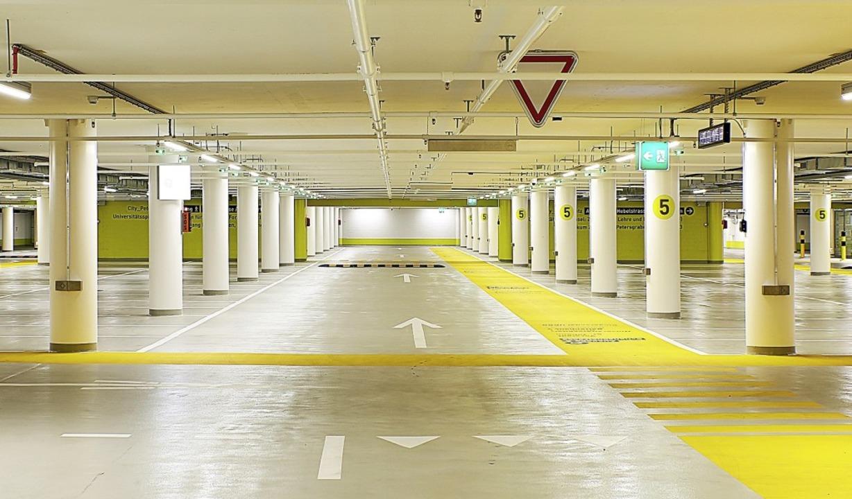 In das neue Parkdeck investierte das U...pital Basel sieben Millionen Franken.   | Foto: Universitätsspital