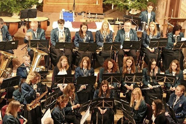 Orchester läutet den Advent ein