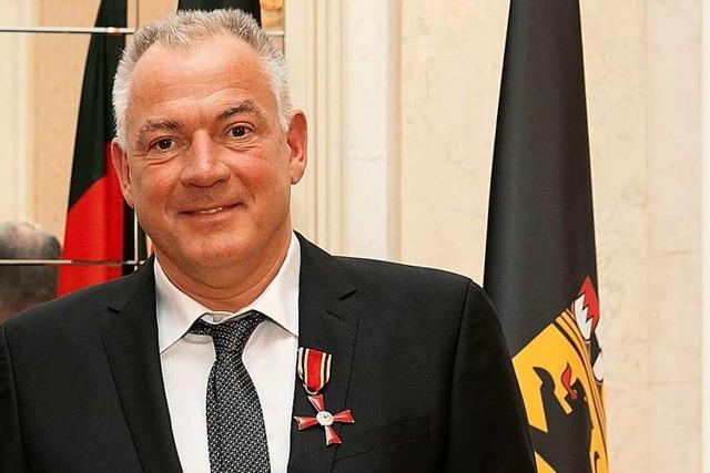 Der Schopfheimer Chefarzt Andreas Rudolph erhält das Bundesverdienstkreuz