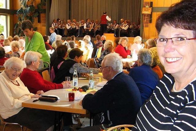 Mehr als 20 Jahre lang hat Christel Stauß den Altennachmittag in Weil organisiert