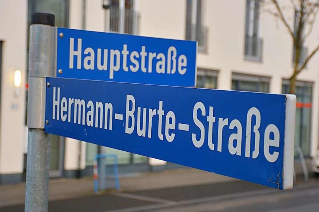 In Efringen-Kirchen ist der umstritten...tler auch Namensgeber für eine Straße.  | Foto: Hannes Lauber